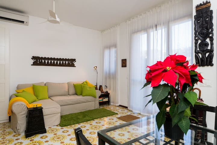 Lovely Private Apartment + garden (010054-LT-0079)
