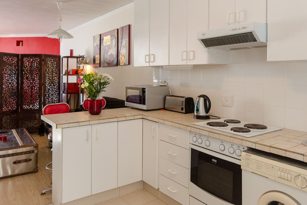 Oven, hob and microwave