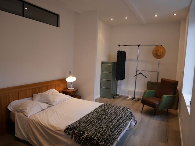 Loft, between the Cathedral and Champagne houses - ไรม์ส - ลอฟท์