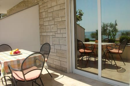 Studio in Paradise - Podstrana - Wohnung