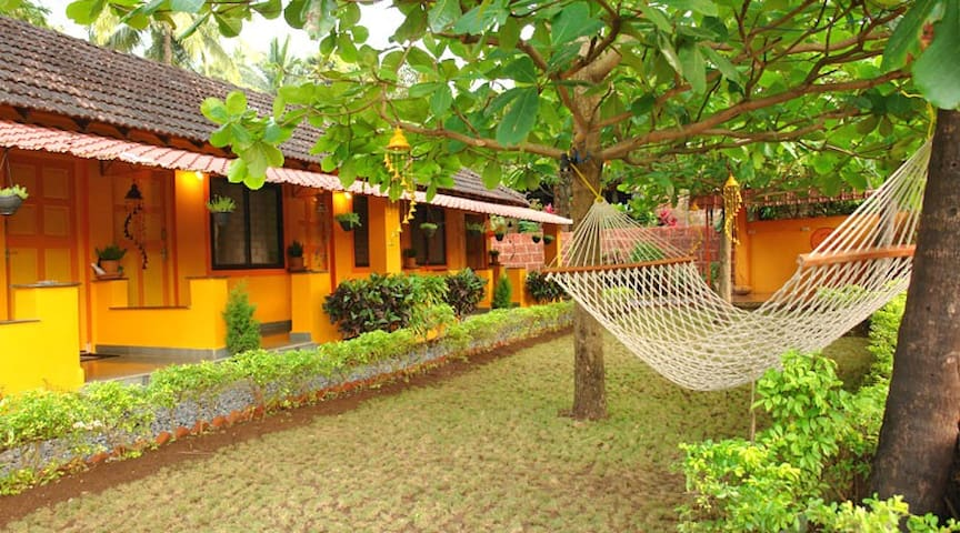 Ojas Residency - one room - Canacona - Guesthouse