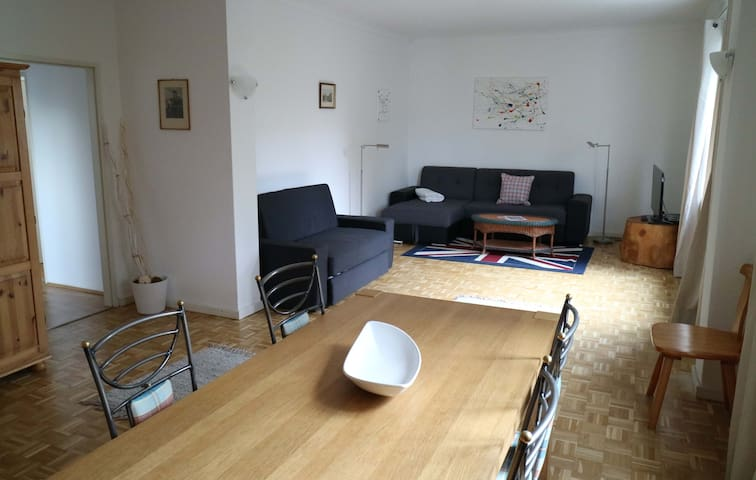 Big apartment; quite area; 10min to city centre
