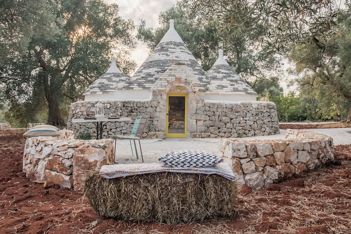 Trullo Antico with Pool/Sauna