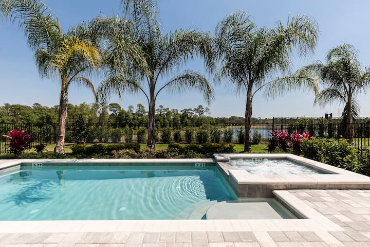 Luxury 5BR/5BA Villa in Encore Resort - Kissimmee - Casa