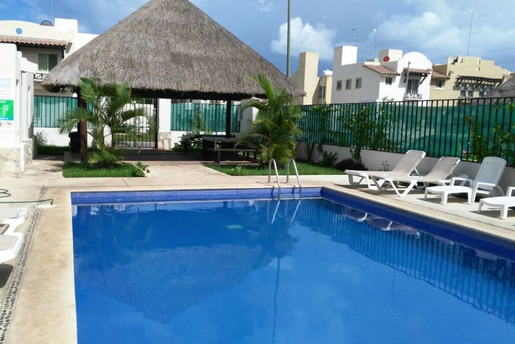 swiming pool at the comon area