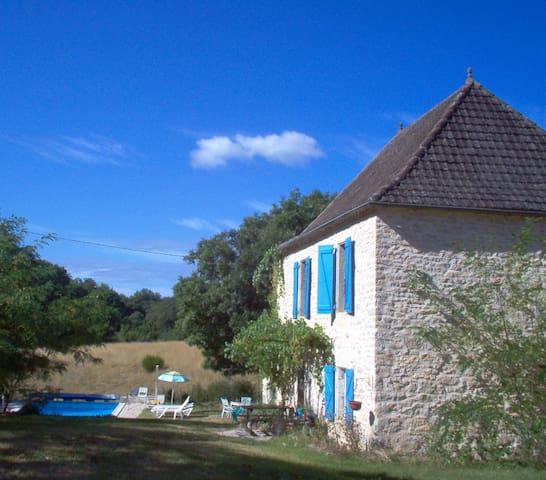 Cambajou. Huis met privé zwembad - Labastide-Murat - 一軒家