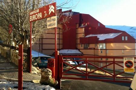 ESTUDIO EDIFICIO EUROPA. Capacidad 4 personas - Sierra Nevada - Apartament