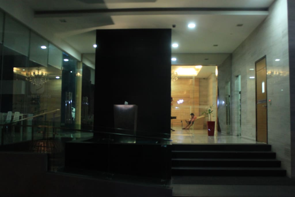 The main entrance and lobby.