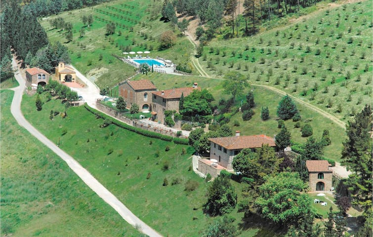 Semi-Detached with 2 bedrooms on 75m² in Dicomano FI