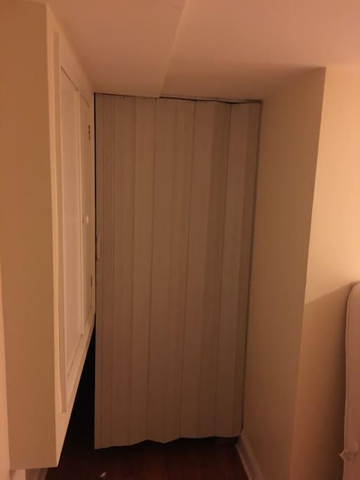 Magnetic closure plastic curtain is your bedroom door