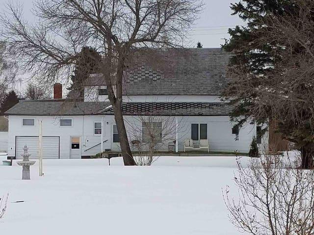 Carol Ann's Cottage 2/Brocket, N.Dak.