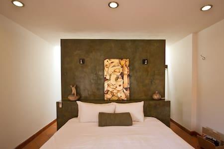 Room Downtown - Queretaro, Qro.