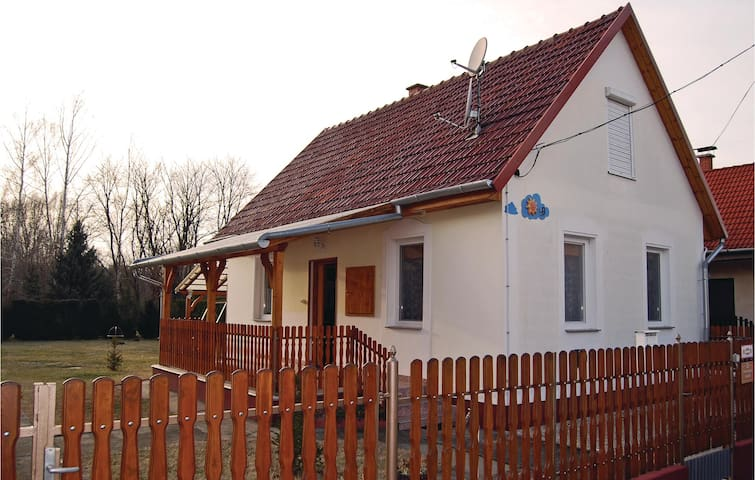 Holiday cottage with 2 bedrooms on 54 m² in Kiskunmajsa
