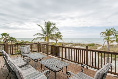 OceanFront Paradise with Pool and Spa - Redington Shores - Dom