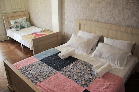 Przytulny pokój dla 3 osób w Martvili