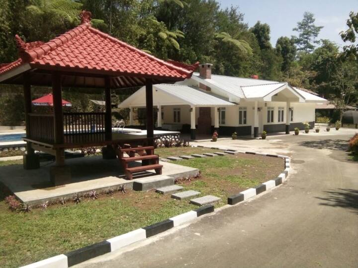 Villa Puri Indah 2