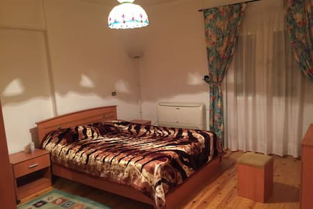 Cozy & Spacious 3br apartment in Degla Maadi - Maadi as Sarayat Al Gharbeyah - Lägenhet