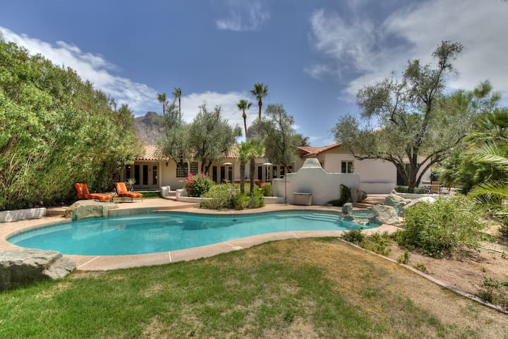 PV Home at Camelback and minutes from Scottsdale!