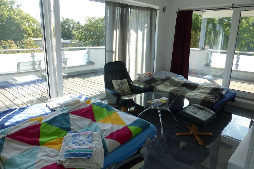 1. Schlafraum, auch für 4 Gäste geeignet/ 1 room in case of 4 guests