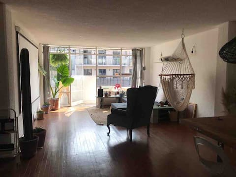 100m² Apartment in the Heart of Roma Norte