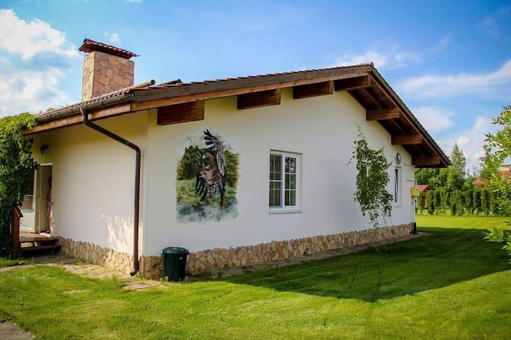 Одноэтажный  коттедж 140 кв.м - Spas-Kamenka - Talo