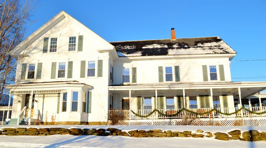 1860 Farm House