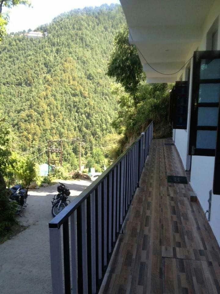 Peaceful Retreat Home Stay - Room #4 with Balcony.