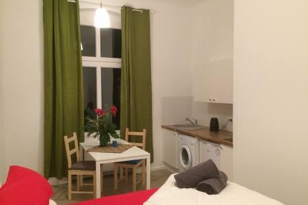 Quiet apartment in the city - Berlin