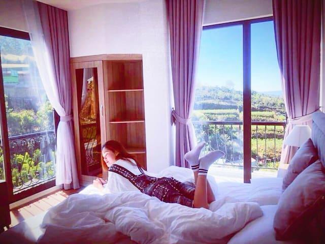 Amia Hotel - Superior Room (AS)