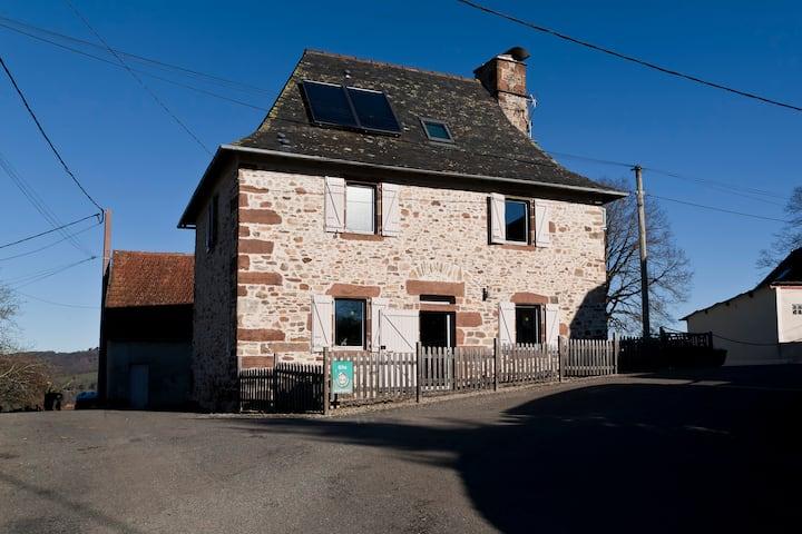 Maison de caractère 8 p. en Corrèze