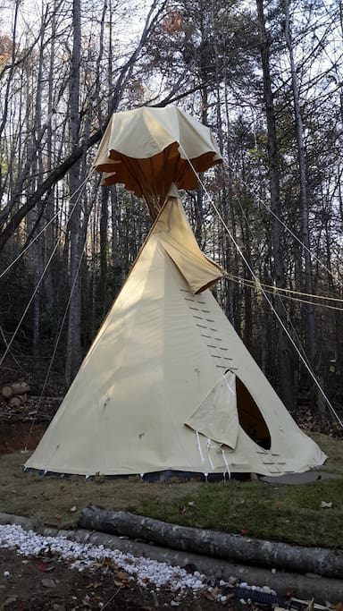 The tipi in the fall/winter season
