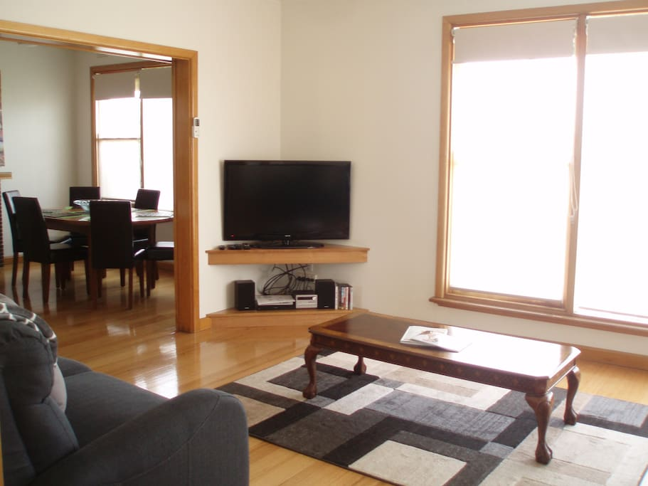 """Lounge with 42"""" Flat screen TV with Free Foxtel and Dining Room"""