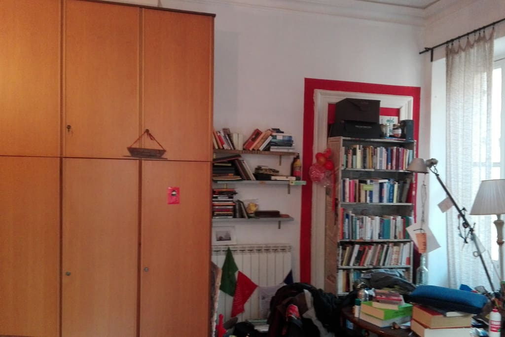 Wardrobe in the room (half of it available)
