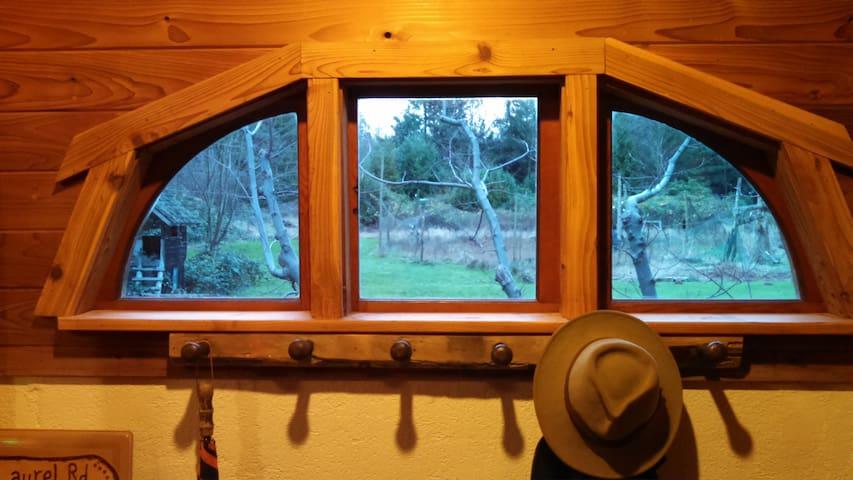 LAUREL RD GUEST HOUSE Cozy Cabin - Ferndale - Blockhütte