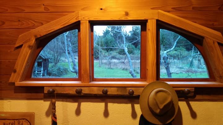 LAUREL RD GUEST HOUSE Cozy Unique Cabin