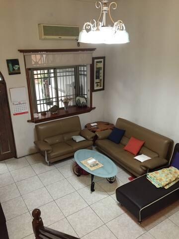 樓中樓雙人房,免費單車、共用衛浴 - Dongshan Township - Loft