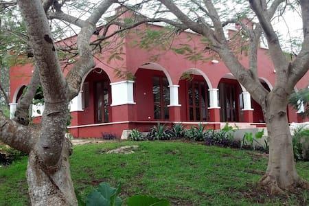 Hermosa Quinta en Pixoy, Yucatán - Valladolid