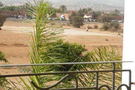 Agadir drarga Apart avec balcon dans villa piscine