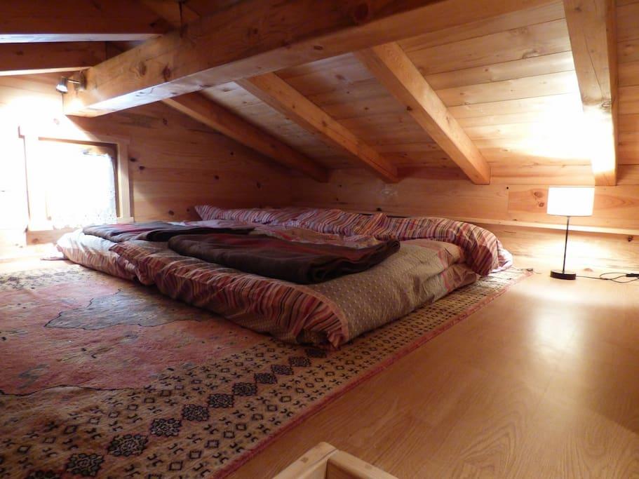 Couchage pour 2 pers en sous pente
