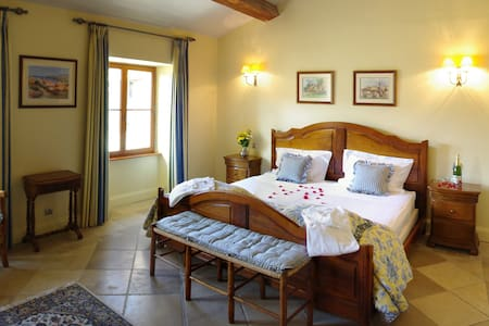 Luxury Bed & Breakfast in Limoux - Limoux - Bed & Breakfast