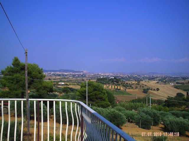 "casa vacanze "" villa francy "" - Caltagirone"