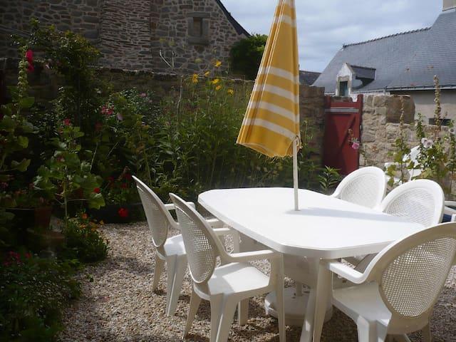 Maison au calme dans village - Batz-sur-Mer - Maison