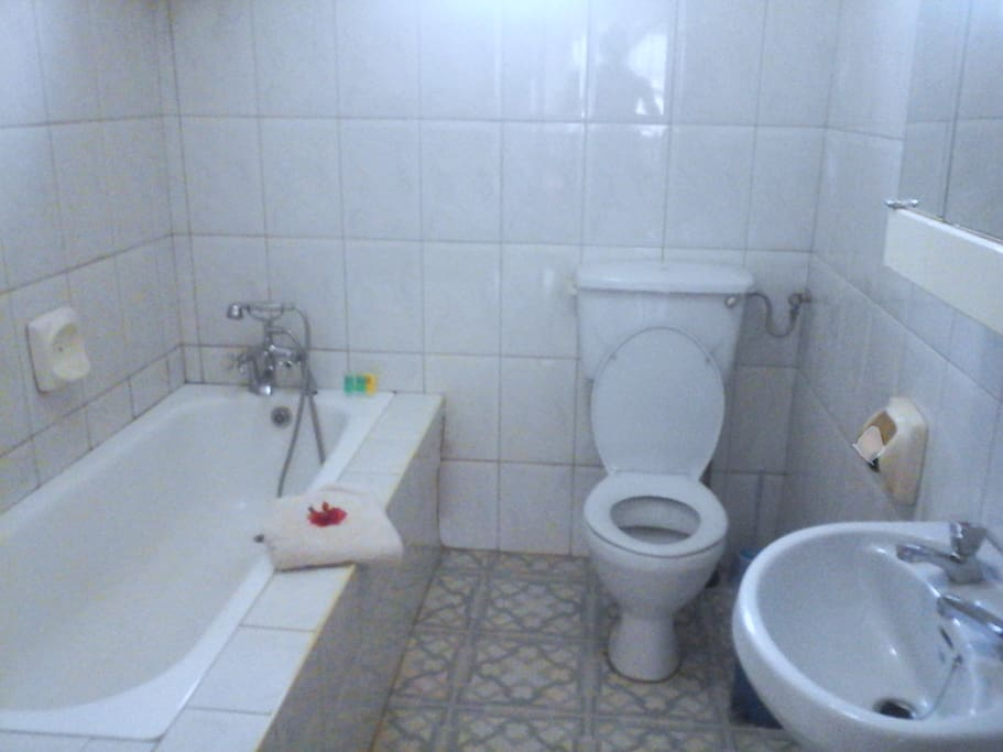 Clean en-suite bathroom with hot water.  Laundry also available.