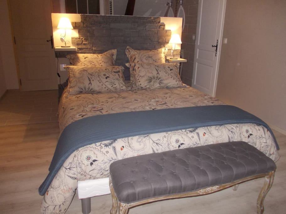 Chambre d 39 h tes au coeur d 39 un haras bed breakfasts for for Chambre basse france