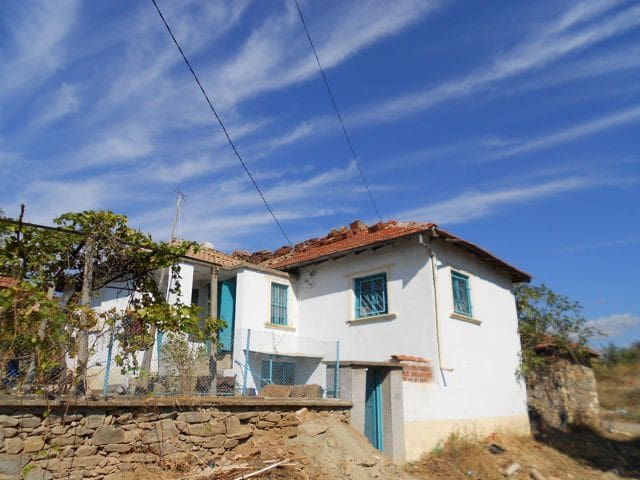 CHARMING 3-BEDROOM VILLA in Levka, Bulgaria