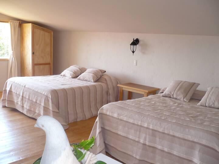 Zirahuén, Amplia Suite cerca del lago-9