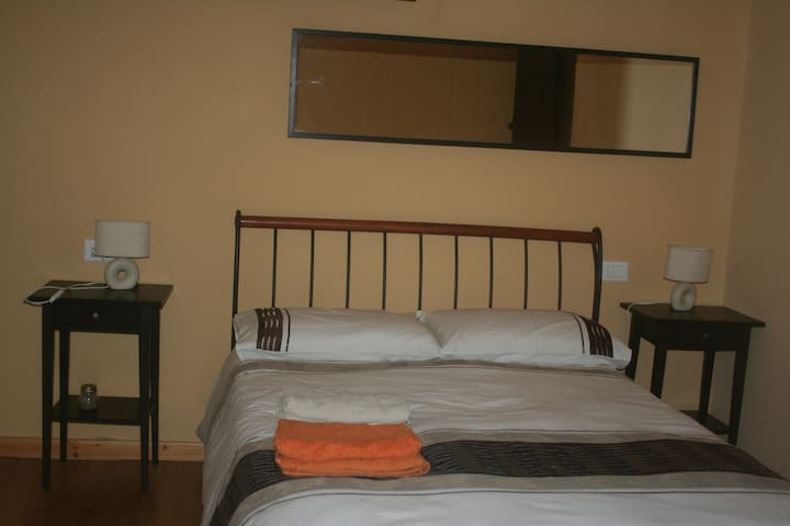 Double room in guest house/B&B - Cavezzana D'antena