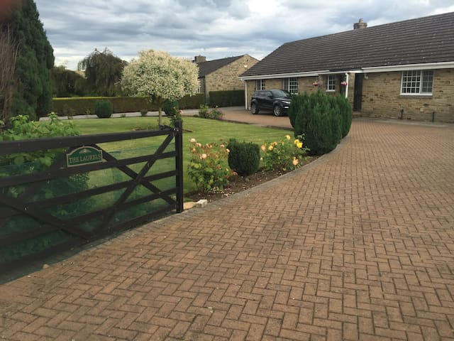 Spacious bungalow in quiet location - Catterick
