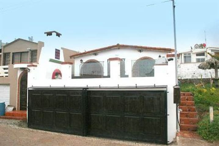 Beautiful Ocean & Coronado Views - Rosarito - House