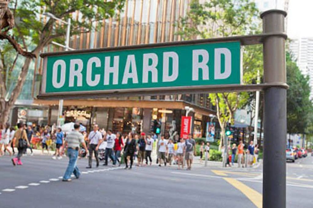 5min walk to Orchard Road, a 2.2 km street of luxury brands and high street brands shopping. The heart of Singapore's city center